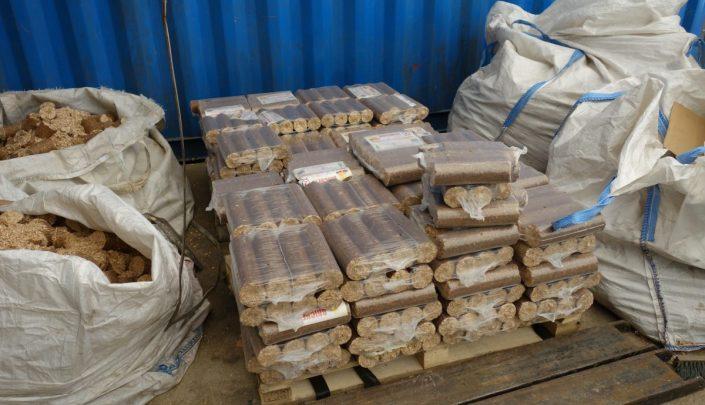 Storage of briquettes
