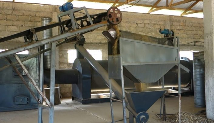 Sieving of raw material